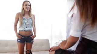 Teen porn describes the juicy young hot babes
