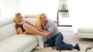Plump bbw is seduced on teen porn by a horny guy