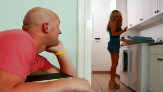 Blondie wishes being screwed hard core by a dude