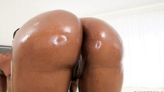 Jayla Foxx Twerking That Big Ass